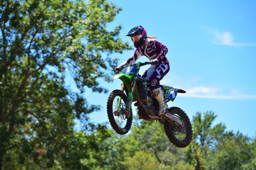 Kylie Fasnacht went 1-1 in the Onsia Sound Art WMX season finale.